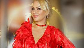 IVANA SELAKOV SLIKALA SVOJE NAJVEĆE BLAGO: Pjevačica uživa u čistom luksuzu na dalekoj destinaciji! Komentari PLJUŠTE kao KIŠA! (FOTO)