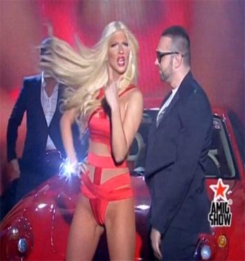 VIDEO // Karleuša zapalila Pinkov studio: Seksipilnija i provokativnija nego ikada!