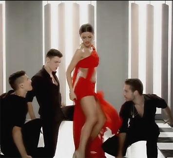 Pogledajte seksi ples Milice Pavlović u novom spotu!