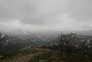 I dalje kritično zagađenje zraka u Sarajevu,zbog magle otkazani letovi!