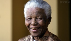 Umro Nelson Mandela!