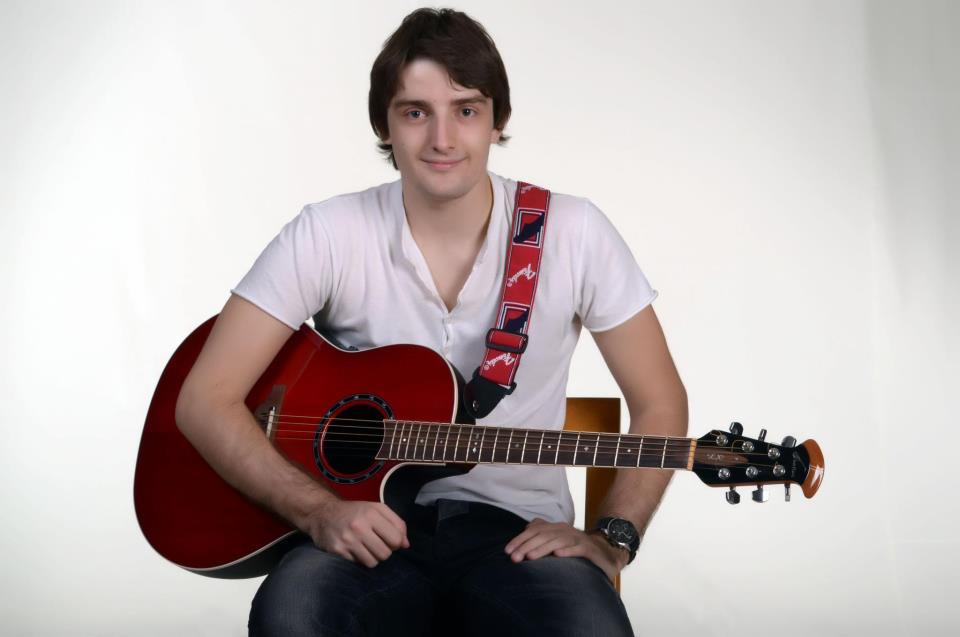 ZVEZDE GRANDA: Predstavljamo super finalistu Mirzu Selimovića