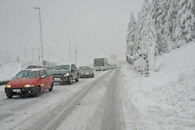 ZIMA TEK SPREMA PRAVI UDARAC: Nakon 17. dolazi ledeni talas sa snijegom i do jednog metra!?